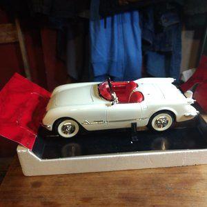 1953 Chevrolet Corvette Convertible 1:18